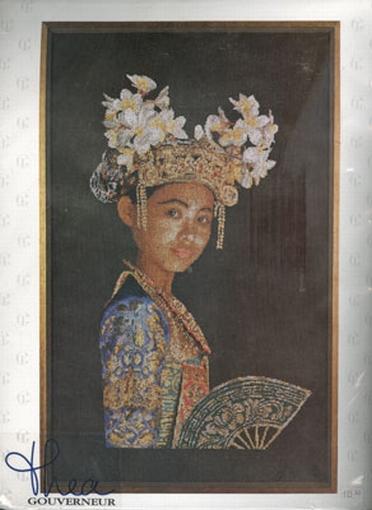 Indonesische danseres, bruin