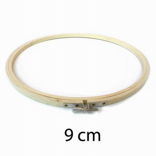 Borduurring hout 9 cm.